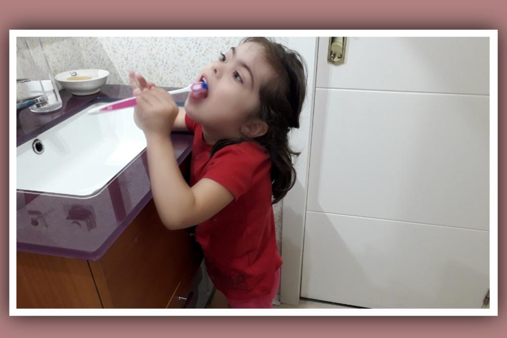 lavarse-dientes-sindrome-down
